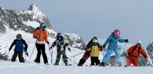 Family skiing in the Alps