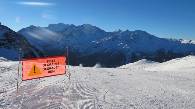 Bare patches on runs in Verbier