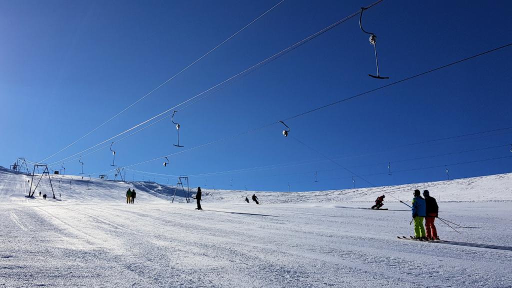 Skiing on the Theodulgletscher