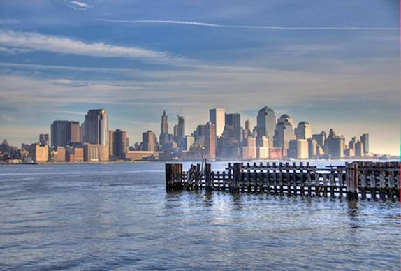 Lower Manhattan (c) Nic Oatridge 2007