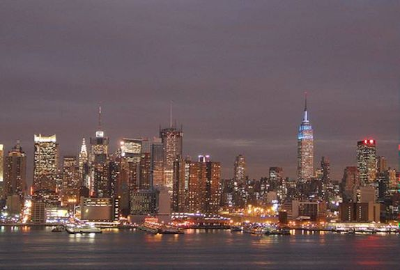 A city that never sleeps (c) Nic Oatridge 2007
